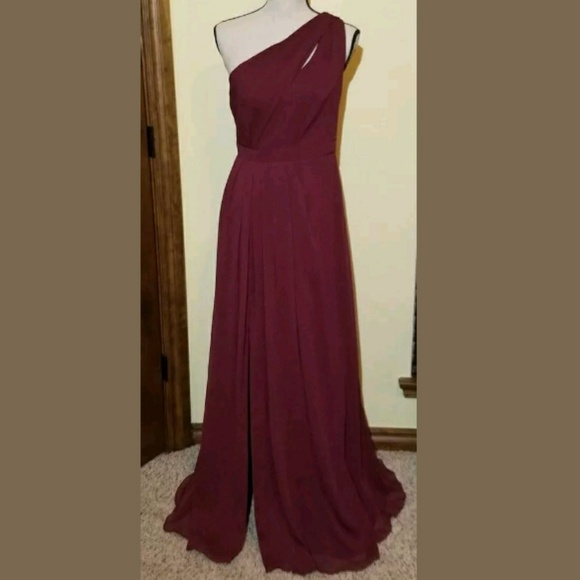0a03e54b6d0 David s Bridal F18055 Wine Bridesmaid Dress Prom